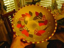 Christmas Wreath Wooden Serving Bowl - From Bed, Bath, & Beyond in Kingwood, Texas