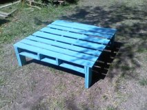 Reduced! Distressed, turquoise pallet table in Melbourne, Florida